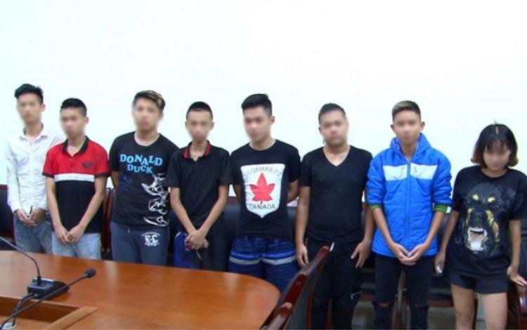 Huyền cùng nhóm 6 đối tượng đua xe khác bị khởi tố.
