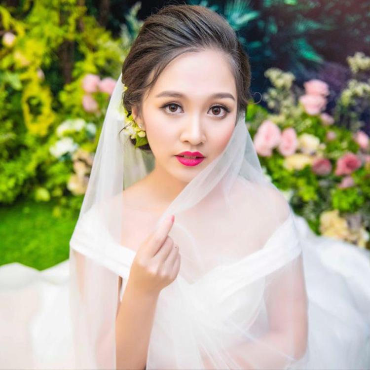 Cô dâu Hà Anh xinh đẹp trong ảnh cưới