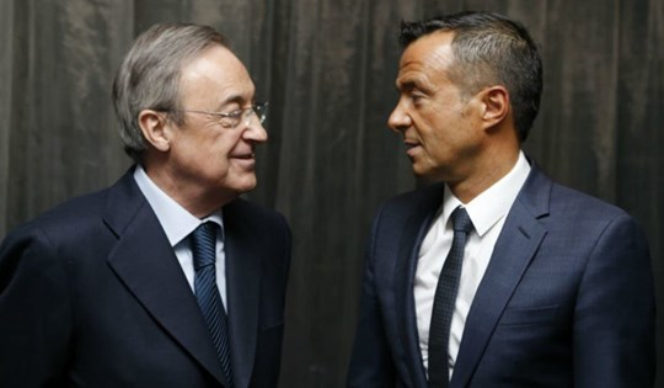 Với sự tư vấn của Jorge Mendes, Ronaldo đã tính một nước cờ cực cao.