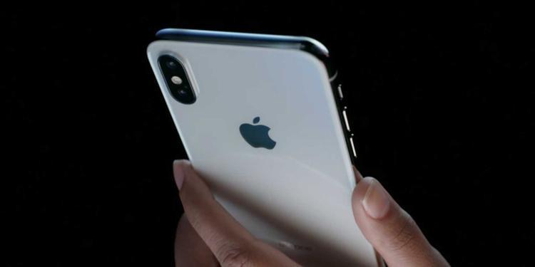 Pin có lẽ là công nghệ yếu điểm nhất trên smartphone nói chung ở thời điểm hiện tại.
