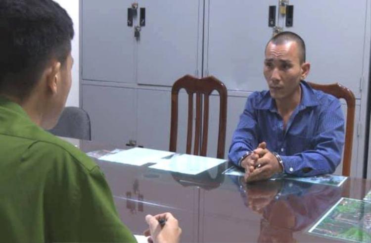 Đối tượng Lê Văn Thương tại cơ quan công an. Ảnh: Gia đình.net