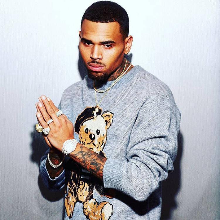 Chris Brown là một nghệ sĩ lắm tài nhưng cũng nhiều tật của làng nhạc USUK.