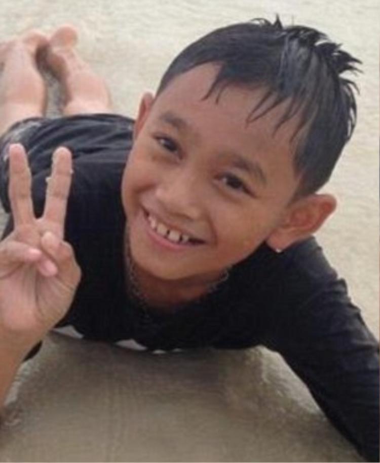 13 gương mặt của đội bóng nhí Thái Lan mắc kẹt trong hang
