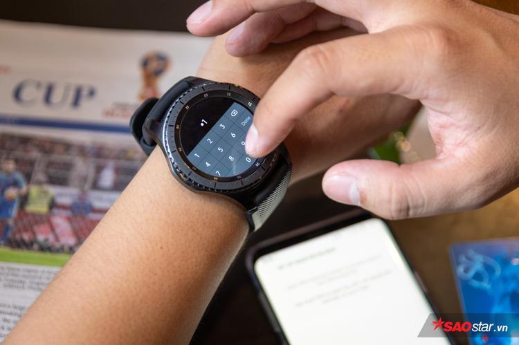 Trước mỗi lần dùng Samsung Pay cần nhập mã PIN. Đây là cách bảo mật tài khoản ngân hàng cho người dùng