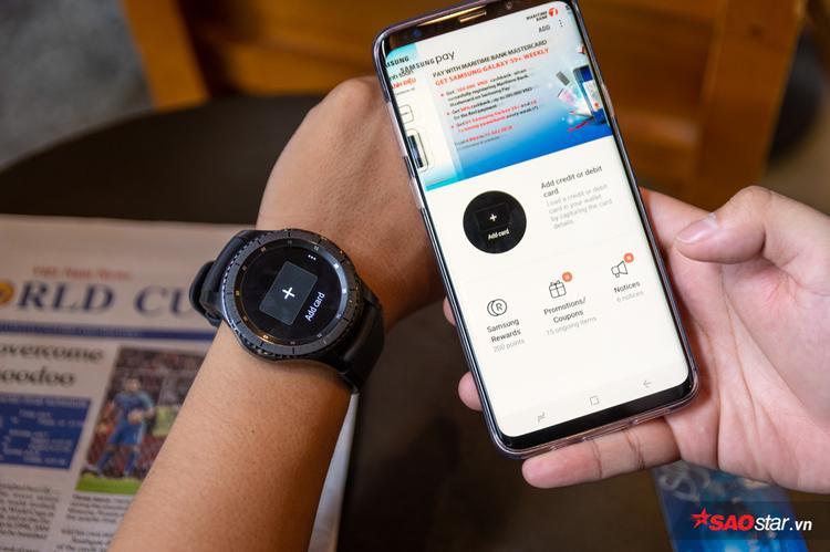 Để thêm thẻ vào Gear S3 cần sử dụng tới smartphone