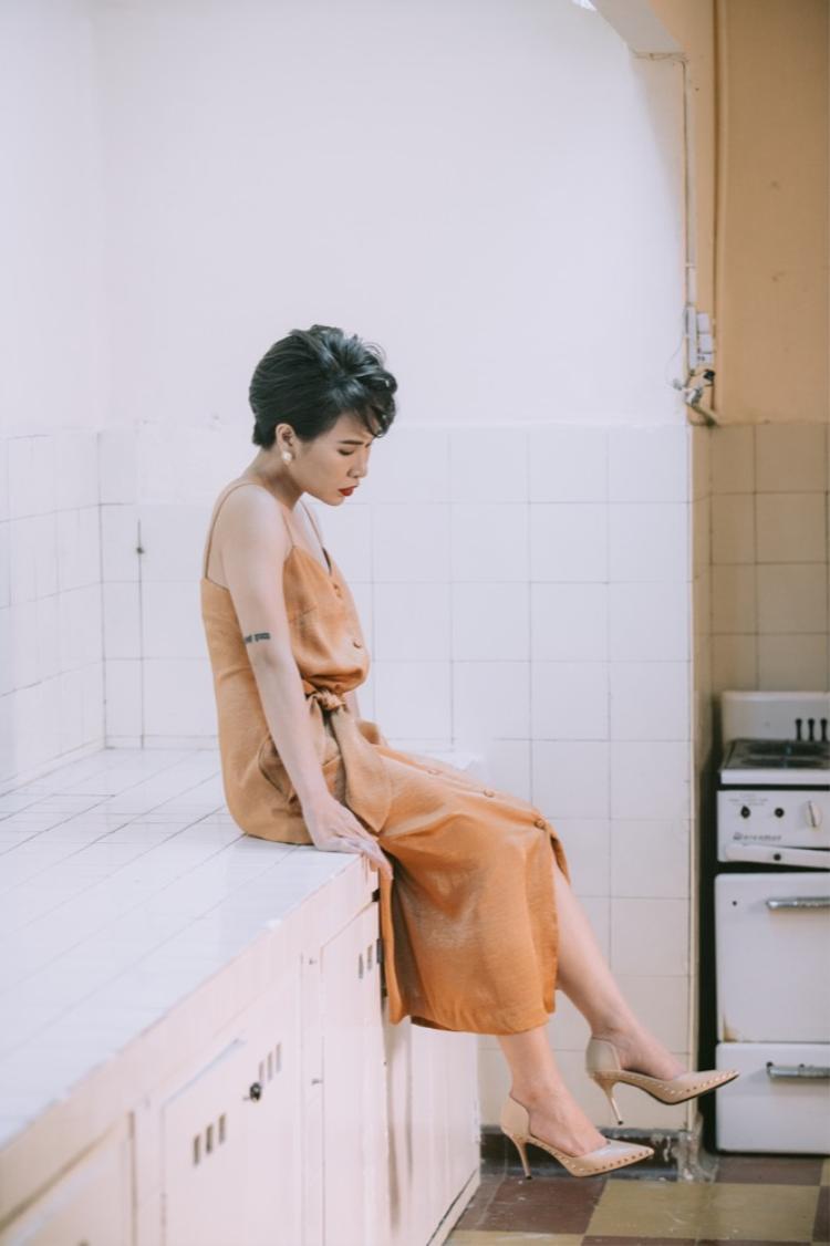 Thỏa mong ước của người mộ điệu, Uyên Linh phát hành MV ca khúc hot nhất album Portrait