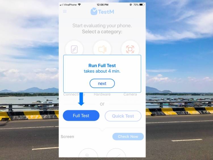 Ở giao diện chính, TestM sẽ cho bạn lựa chon 2 chế độ để thực hiện việc kiểm tra iPhone. Công đoạn test kỹ càng sẽ diễn ra trong 4 phút (Full Test).