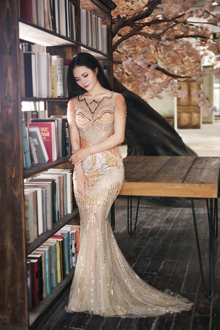 Đợi đến tận 28 tuổi, gái quê Lương Nguyệt Anh mới chịu lột xác thay đổi hình ảnh