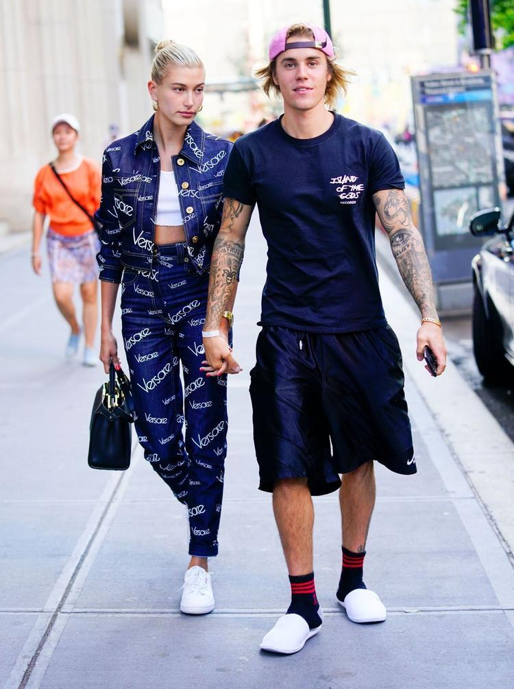 để nhường chỗ cho một trang mới trong cuộc đời của anh chàng Justin Bieber cùng vị hôn thê của mình.
