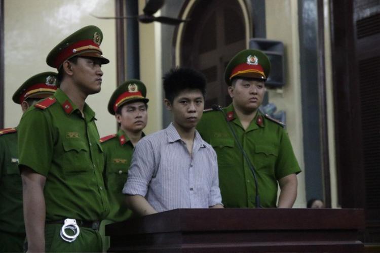 Sự lạnh lùng, bình thản của bị cáo Nguyễn Hữu Tình.