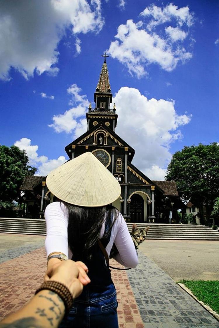 """hần chừ gì nữa mà không cùng bạn bè và những người thân yêu khám phá """"nàng thơ"""" xinh đẹp của Kon Tum? (Ảnh: Toan Minh Le)"""