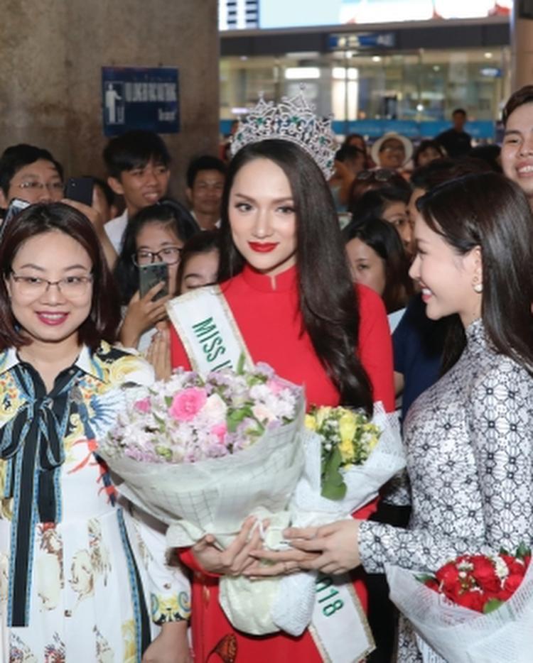 Nhìn lại loạt ảnh nàng hậu vừa về nước sau khi đăng quang, ai ai cũng phải thừa nhận, Hoa hậu Chuyển giới thật sự rất xinh đẹp.