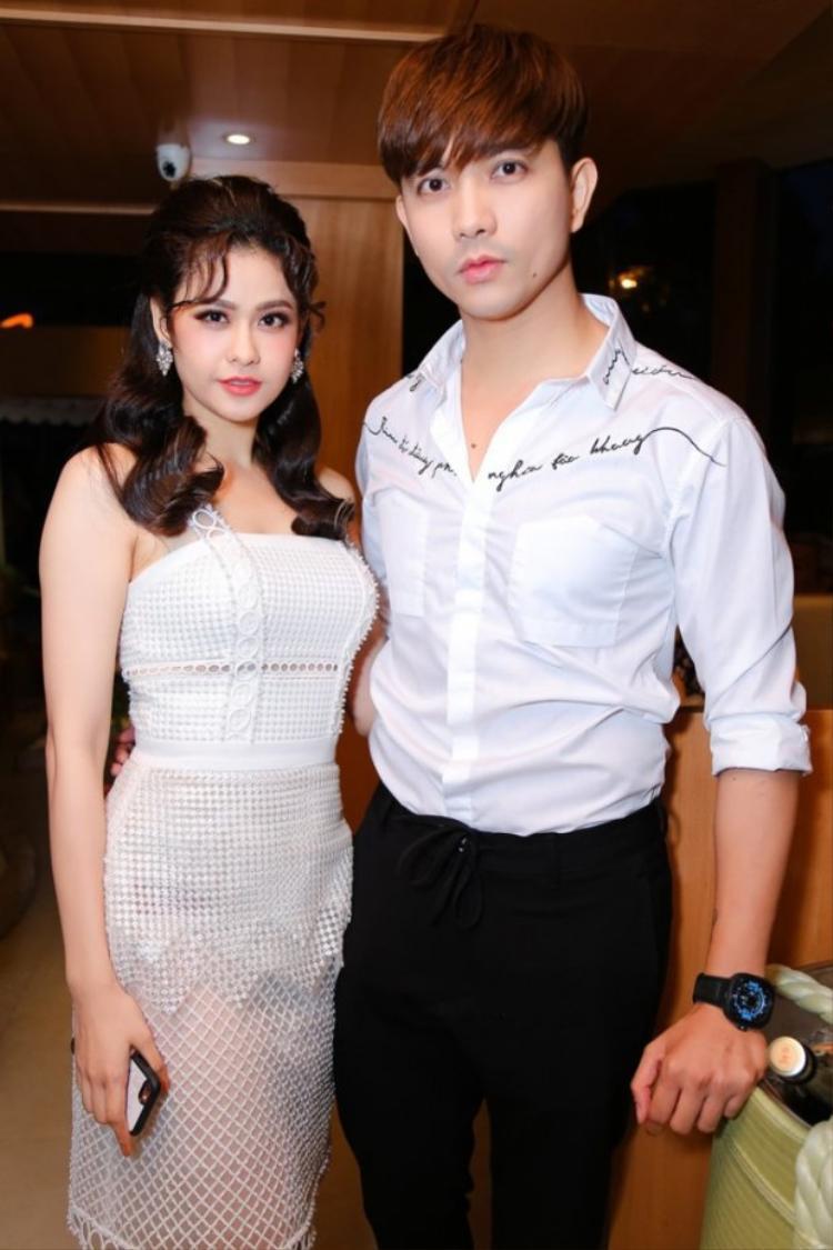 Sau nhiều đồn đoán gia đình tan vỡ, Tim lần đầu xác nhận đã ly hôn Trương Quỳnh Anh