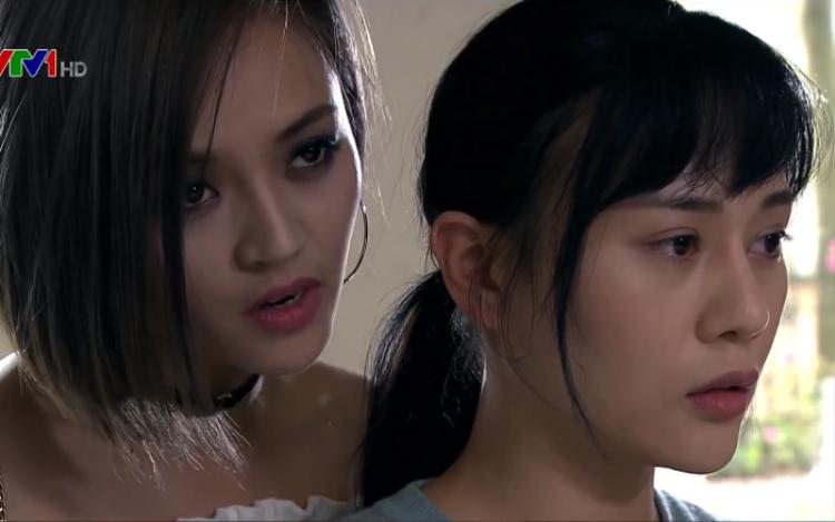 Diễn viên Phương Oanh từng lên mạng tố cáo người trong ekip bôi nhọ, loan tin đồn sai sự thật về cô.