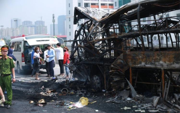 Nạn nhân tử vong được xác đình là chị Lê Thị K. (SN 1982, quê Yên Thành, Nghệ An) đang mang bầu tháng thứ 6.