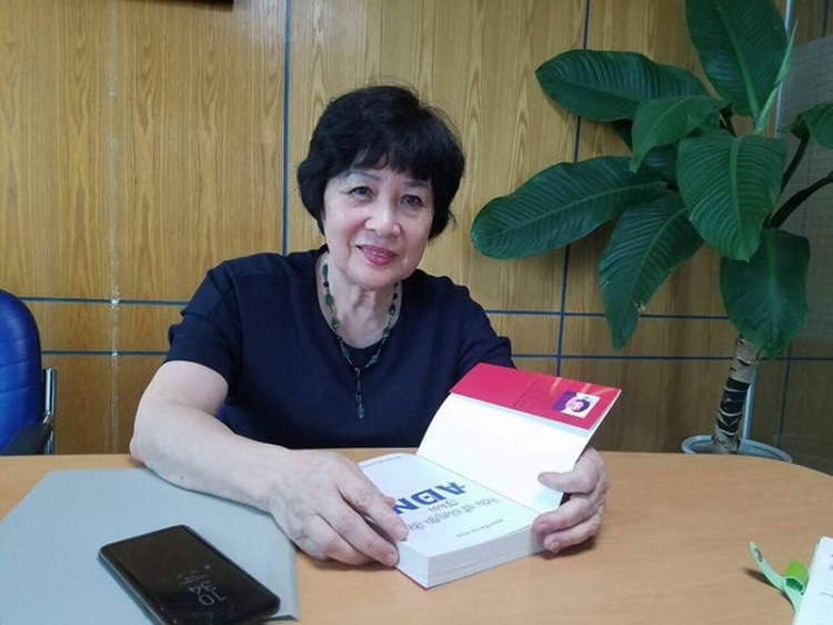Cô Nguyễn Thị Nga - Giám đốc Trung tâm Phân tích ADN và Công nghệ di truyền.