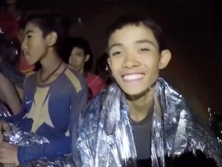 Đội bóng và HLV đã nhịn đói trong 9 ngày trước khi được phát hiện. Ảnh: Royal Thai Navy.