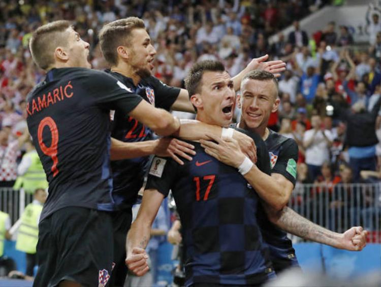 Niềm vui của các cầu thủ Croatia.