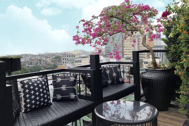 Khai trương rooftop bar đẳng cấp khu phố cổ  nơi ngắm trọn vẹn một Hà Nội lung linh