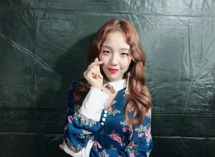 Chuyện gì thế này, 10 sao Hàn cùng diện 1 chiếc váy: Ai mặc đẹp nhất?