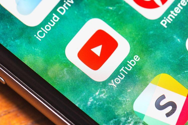YouTube sẽ thông báo khi video của bạn bị sao chép