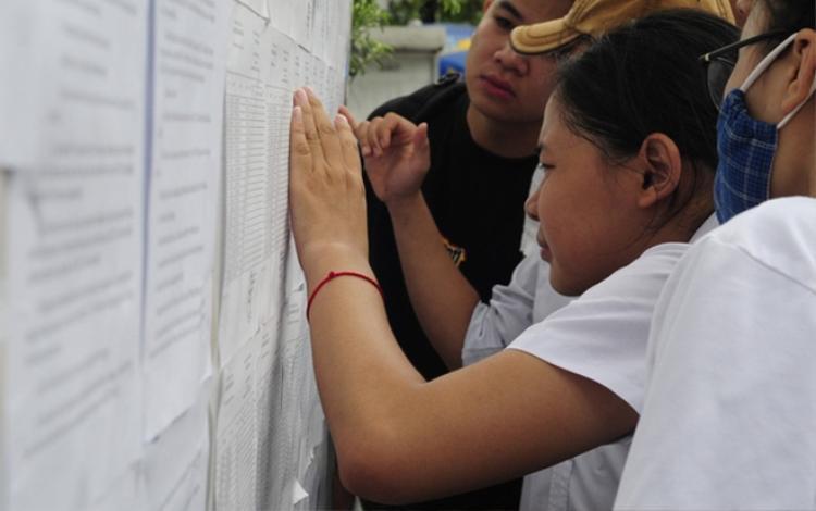 Riêng Hà Giang chiếm tới gần một nửa thí sinh cả nước đạt mức trên 27 điểm khiến nhiều người nghi ngờ.