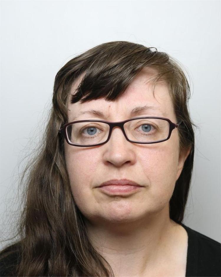 Dawn Cranston, mẹ của Jordan đã bị bỏ tù 4 năm vì tội ngộ sát.