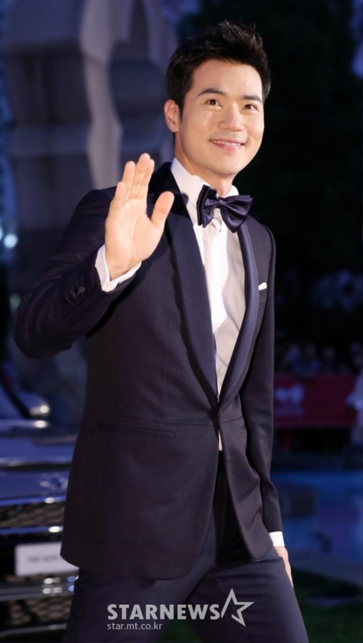 Kim Kang Won.