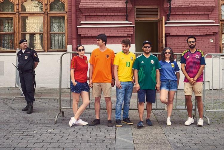 Biểu tượng cầu vồng xuất hiện ở Nga theo cách không ngờ nhất