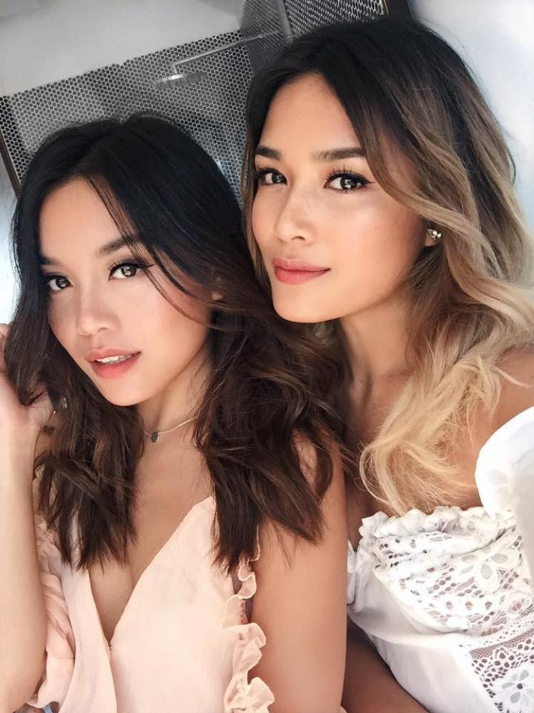 Vẻ đẹp cùng phong cách thời thượng của hai chị em khiến dân tình trầm trồ ngưỡng mộ.
