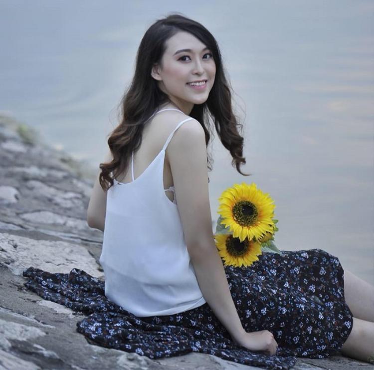 Cô nàng cho biết thêm, lý do đăng kí dự thi Hoa hậu Việt Nam vì đặc biệt ấn tượng với phần thi Người đẹp Nhân ái. Tuy nhiên, đáng tiếc Thu Trang không lọt vào vòng trong.