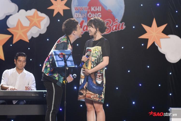 Đọ tài hit-maker: Trấn Thành khóc vì bố, Hương Giang hát cho con, Kỳ Duyên bay bổng cùng thiên thần Bão