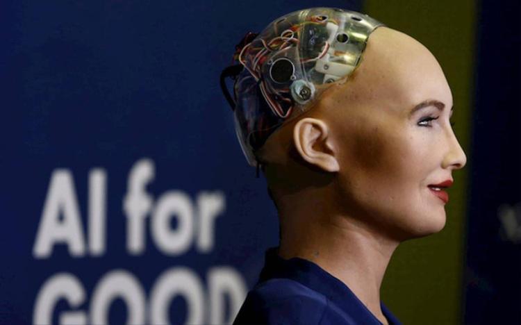 Sophia là robot xã hội giống người được phát triển bởi công ty có trụ sở ở Hong King Hanson Robotics.