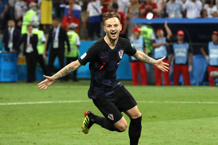 """Rakitic sẽ """"tha thu"""" lên trán nếu Croatia vô địch. Ảnh: Getty."""