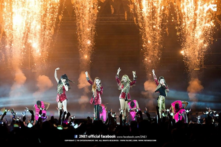 Sao cái gì cũng là BigBang, YG phát triển có phần không nhỏ từ 2NE1 mà?