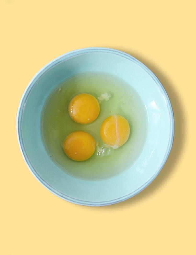 Lòng trắng trứng chỉ nên dùng với ai thuộc da dầu