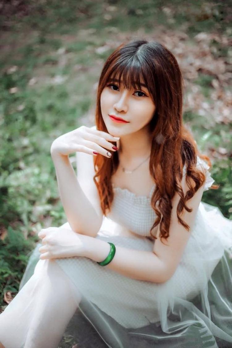 Với sở thích nghiên cứu các vấn đề thời sự xã hội, Bảo Linh đặt mục tiêu thi vào Học viện Báo chí và Tuyên truyền, và mơ ước trở thành MC, BTV truyền hình.