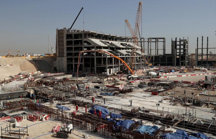 Sân vận động Al Bayt ở Doha, Qatar đang trong quá trình xây dựng.