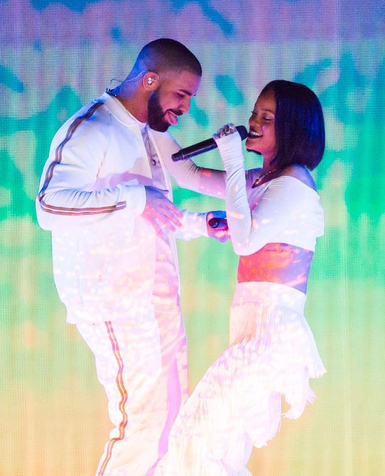 Rihanna và Drake đã gắn bó cùng nhau tận 7 năm.