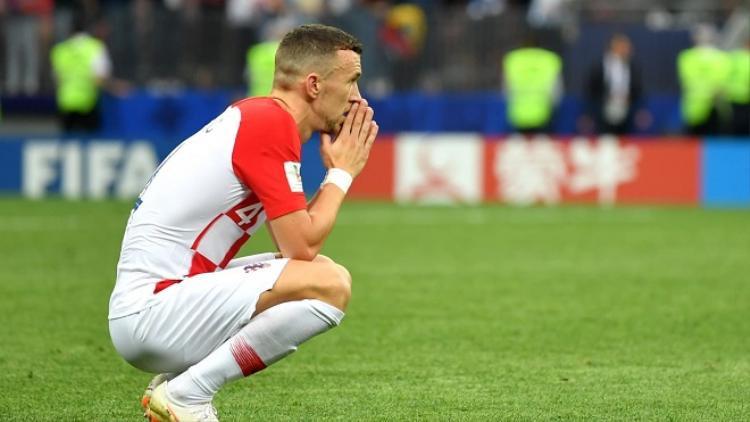 Perisic là nhân vật được nhắc đến nhiều nhất trong trận đấu này. Anh vừa là người gỡ hòa nhưng cũng trở thành tội đồ khi để bóng chạm tay. Ảnh: Fifa.com.