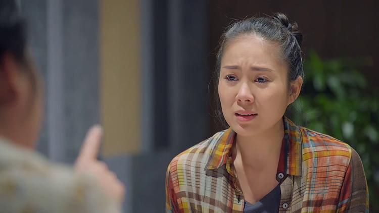 Với bà, Hương luôn là đứa con không ra gì.