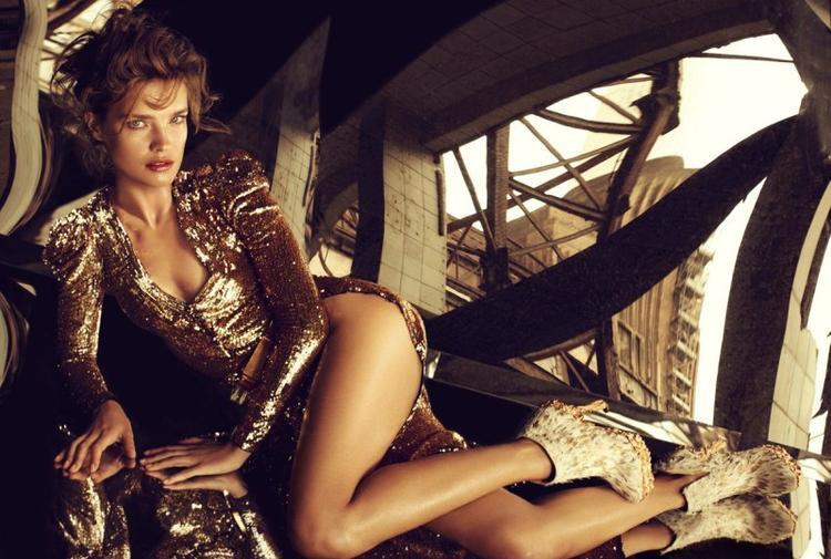 Natalia Vodianova tên đầy đủ là Natalia Mikhailovna Vodianova Portman. Cô sinh ngày 28/2/1982 và là một siêu mẫu nổi tiếng tại Nga.