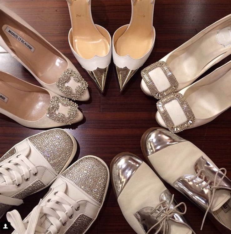 Bộ sưu tập giày đính đá quý của Xiaooyii.