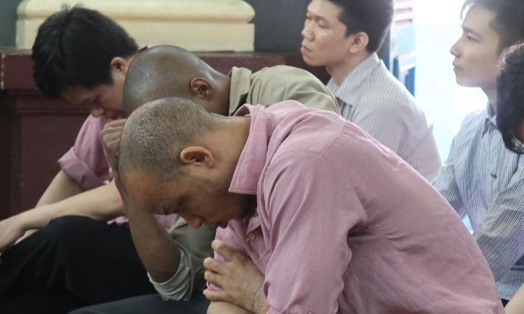 Các bị cáo tại tòa. Ảnh: Vietnamnet.