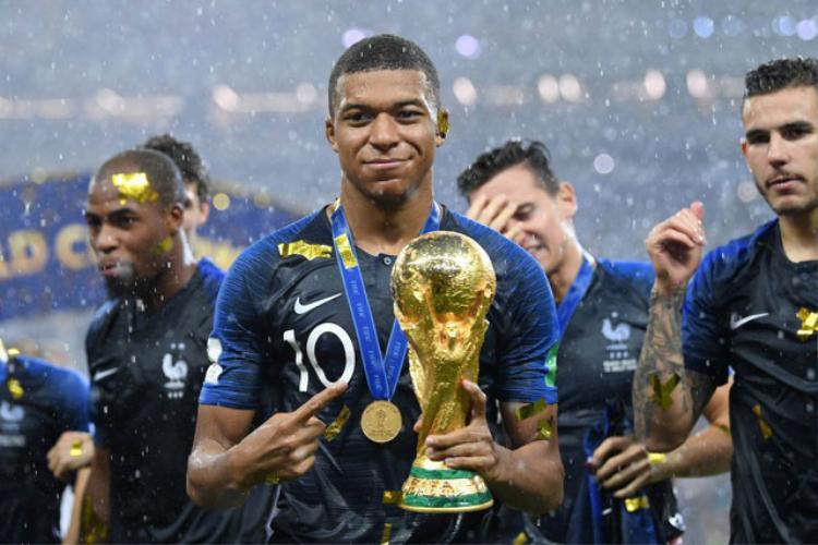 Mbappe đã dùng 384.000 bảng mà mình kiếm được tại World Cup 2018 cho việc từ thiện.