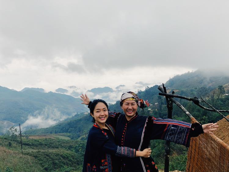 Vương Anh  Từ con gái của CEO thành đạt đến Youtuber cưỡi motor và nấu ăn giữa núi rừng Tây Bắc