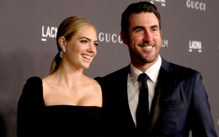 Không hổ danh là mỹ nhân nóng bỏng nhất Hollywood, tin tức mới nhất về chồng và con của Kate Upton cũng khiến truyền thông quan tâm cực độ.