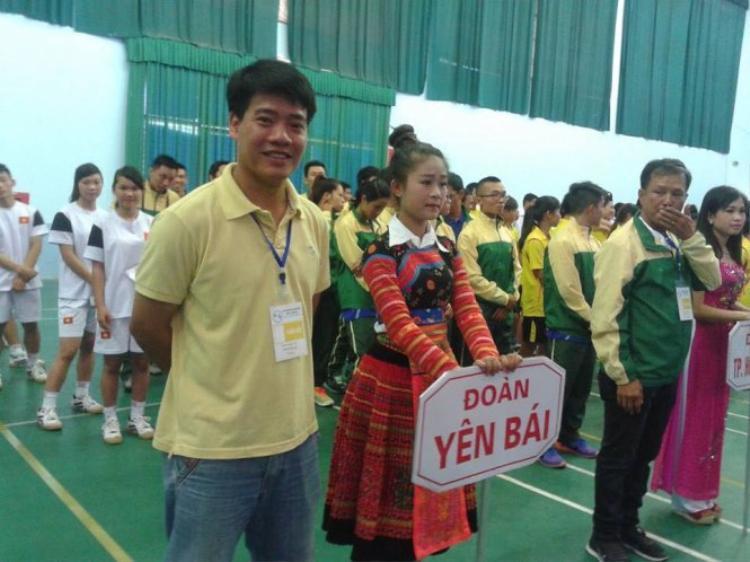 Trọng tài Dương Ngọc Tân mất là cú sốc cho bóng đá Việt Nam.