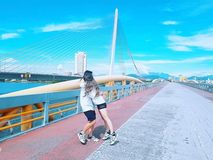 Tô Trần Di Bảo và vợ khiến hội FA muốn khóc vì những khoảnh khắc ngọt ngào trong chuyến du lịch mới nhất của mình