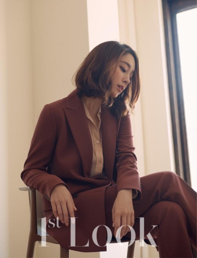 Lee Jun Ki  vợ Lee Byung Hun sang chảnh, Jang Yoon Joo bán nude cũng không bằng Kim Ah Joong diện bikini